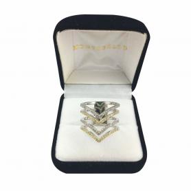 Anillo de plata 925 rodinado en oro blanco en forma de V