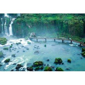 Complejo Americano en Iguazú, 3 noches para 2, 3, ó 4 personas con desayuno buffet